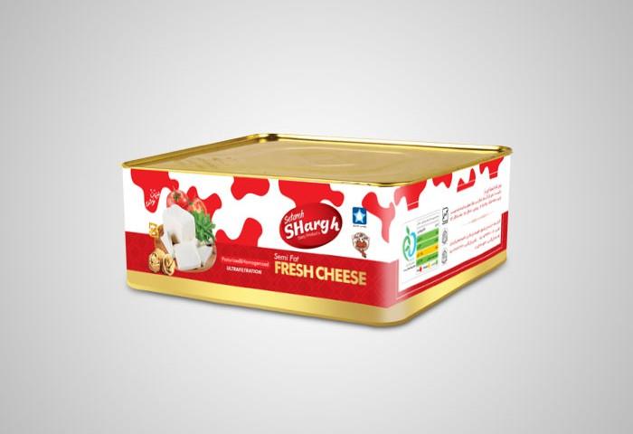طراحی بسته بندی حلب 4 کیلوی پنیر ستاره شرق